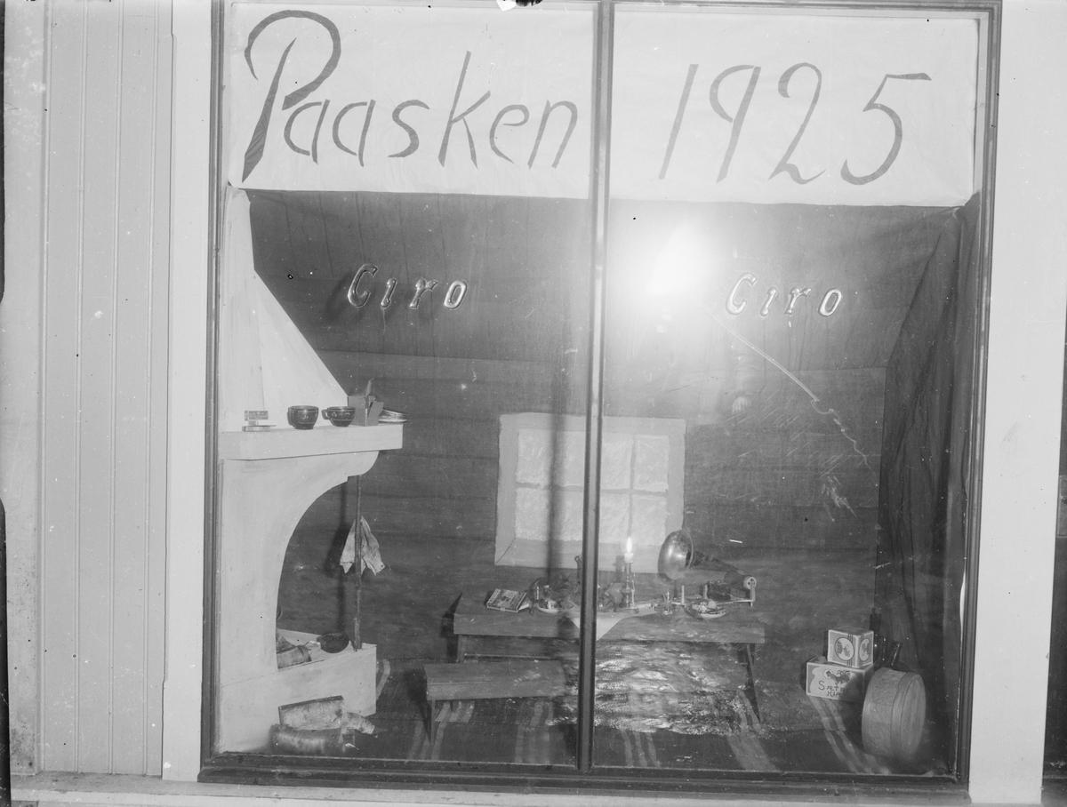 Ciro, tobakk- og fruktforretning i Storgata i Leiret, Elverum. Drevet av Anna Lømo Bengtsson.
