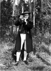 En svenske med bukkehorn. Muligens fra Nordisk Folkedansstev