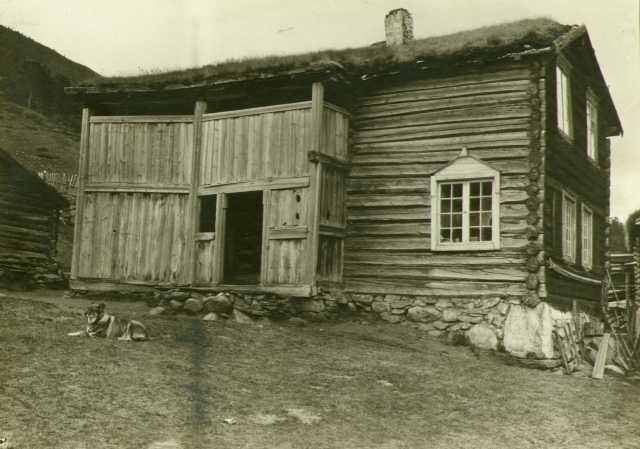Stue fra 1622, Øvre Korsvoll, Dovre, Oppland. Fotografert 1911.