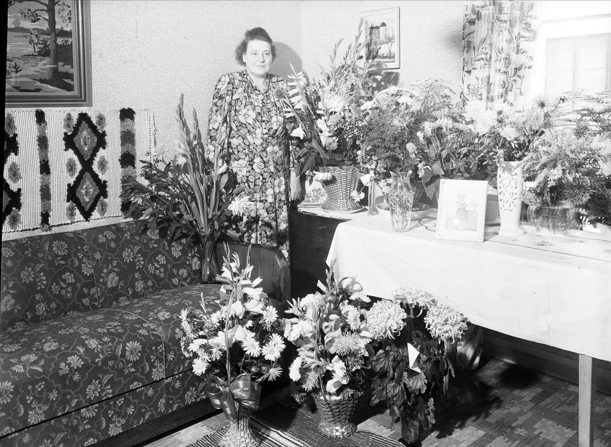 Födelsedagsporträtt - Ehn, Haraldsgatan 6, Fålhagen, Uppsala 1948