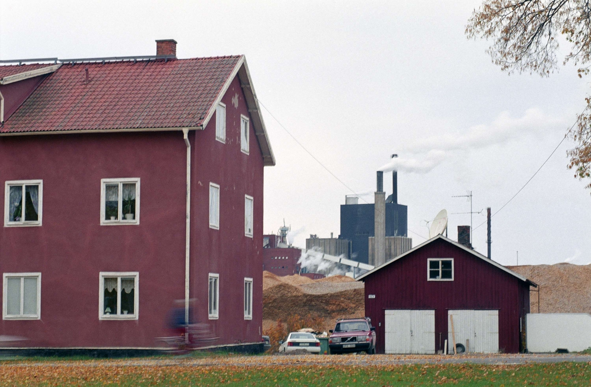 """""""Torget"""", arbetarbostäder i Skutskär, Uppland 1996"""
