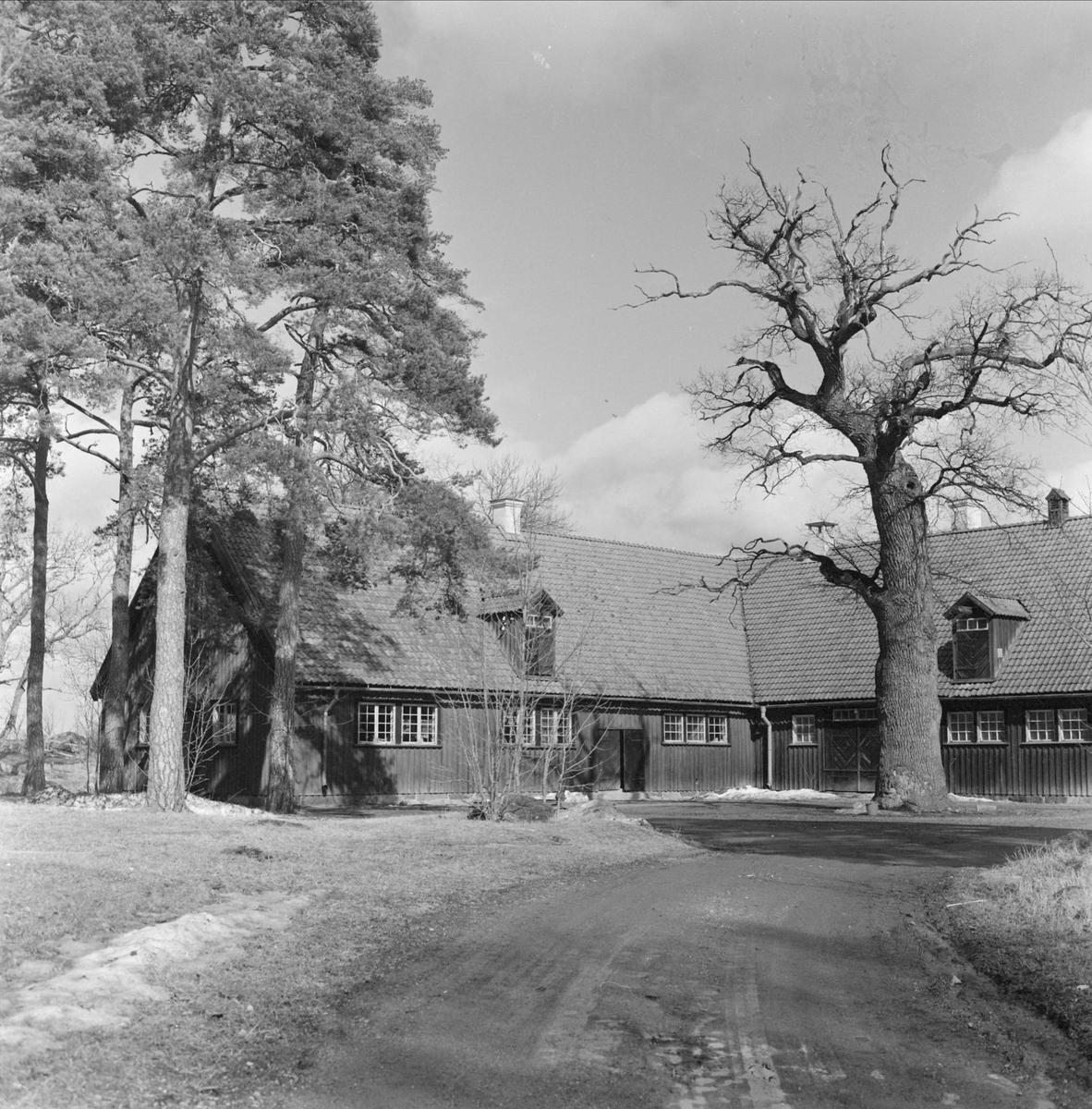 Byggnad vid Wiks folkhögskola, Vik, Balingsta socken, Uppland 1965