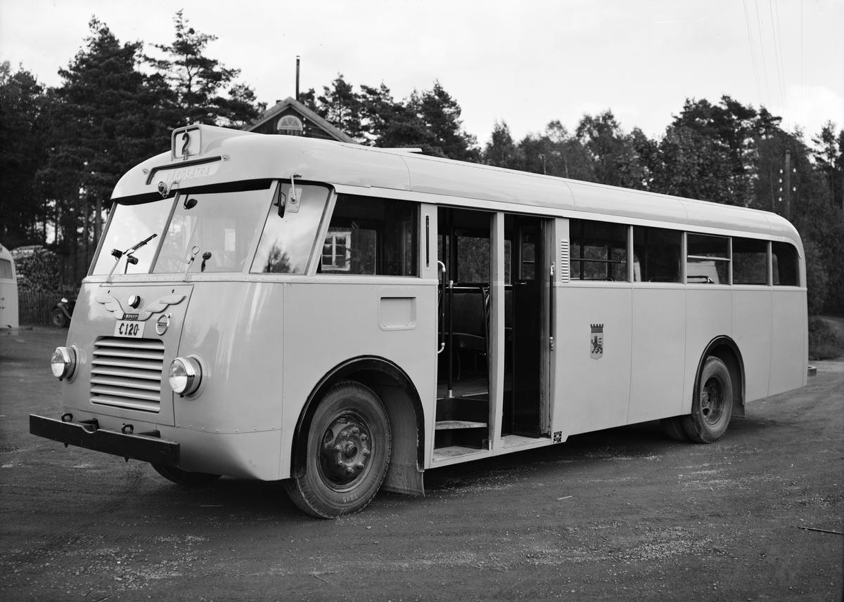 Landsvägsbuss av märket Volvo B513, Uppsala 1947