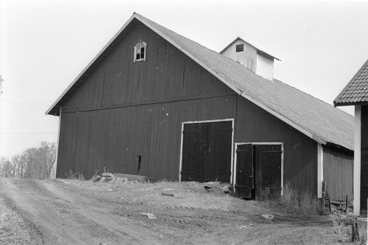 Lada, Focksta gård, Focksta, Hagby socken, Uppland 1986