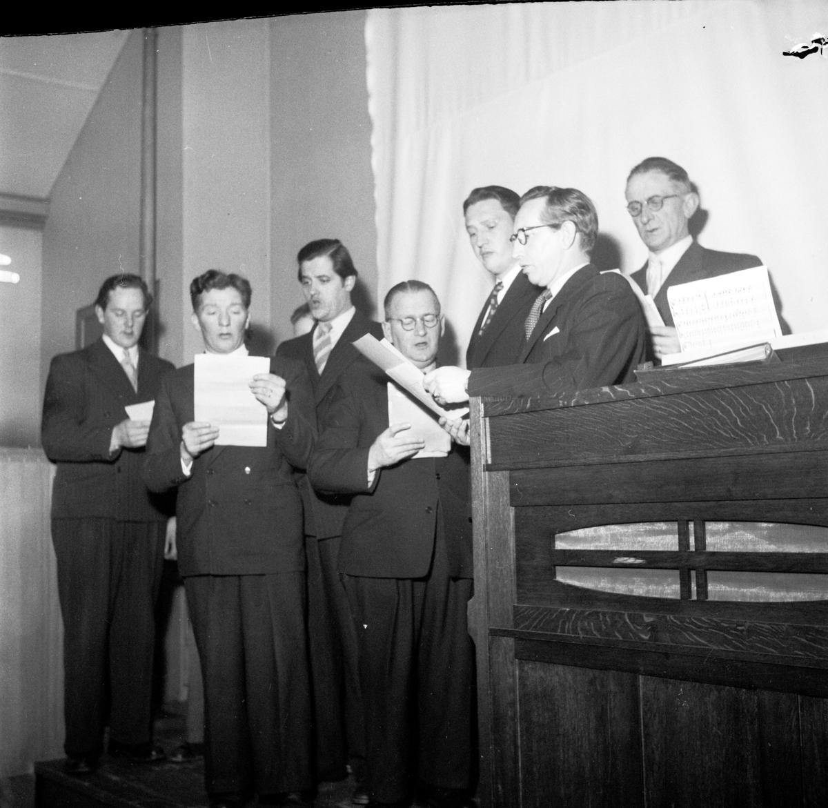 Manskör sjunger på invigningen av Uppsala läns bildningsförbunds folkbildningskurs, församlingshemmet vid Ekeby kyrka
