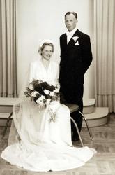 Brudeparet Kari Haaland og Ola Smedsland fra Grindheim.