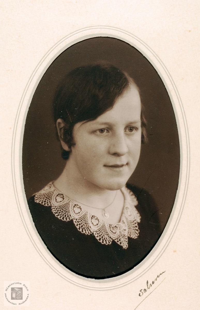 Portrett av Tora Leland, Grindheim.