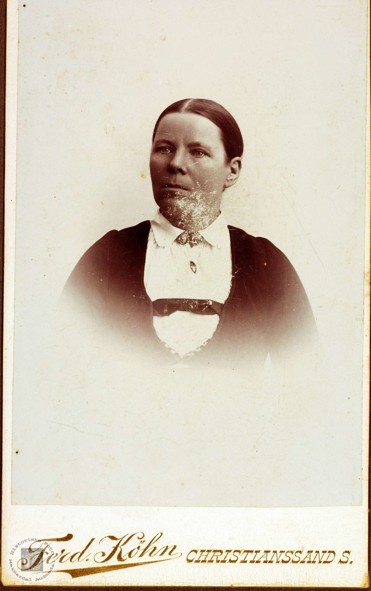 Portrett av Ingrid, gift Ubostad. Grindheim Audnedal.