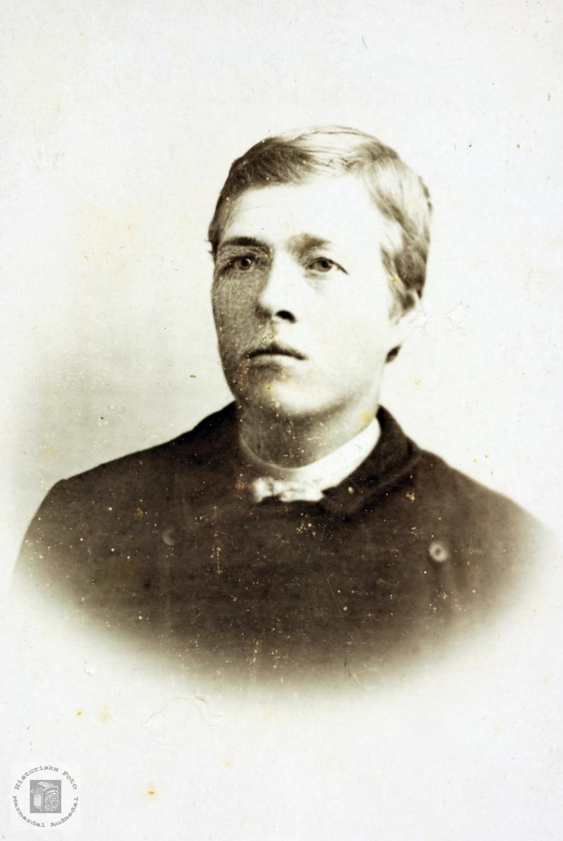 Portrett av Ola Hårtveit. Grindheim.