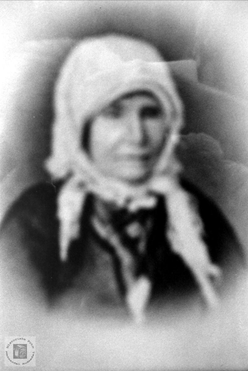 Portrett av Tarjer Midbø, Bjelland.