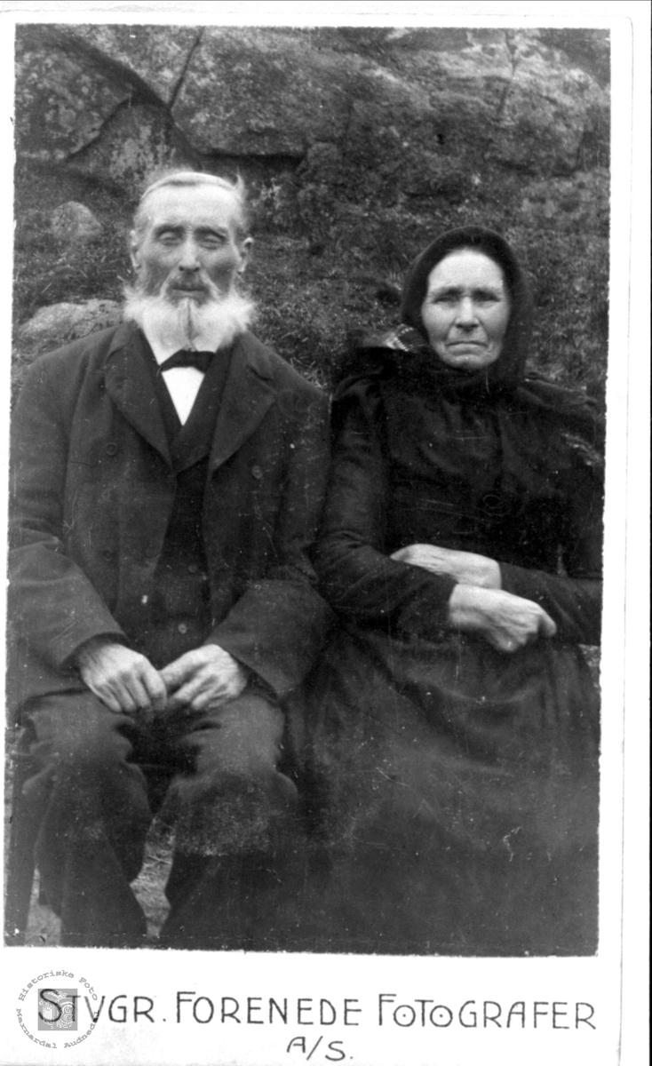 Ekteparet Lars og Ingeborg Solås, Øyslebø.