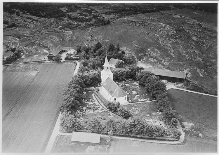 """Enligt Flygtrafik Bengtsfors: """"Kareby kyrka Bohuslän""""."""