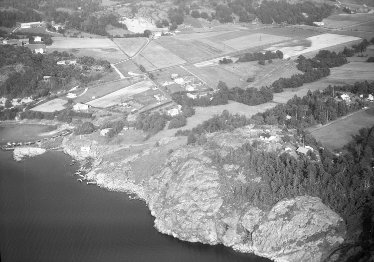 """Enligt AB Flygtrafik Bengtsfors: """"Jordfall Hällebäck Bohuslän""""."""