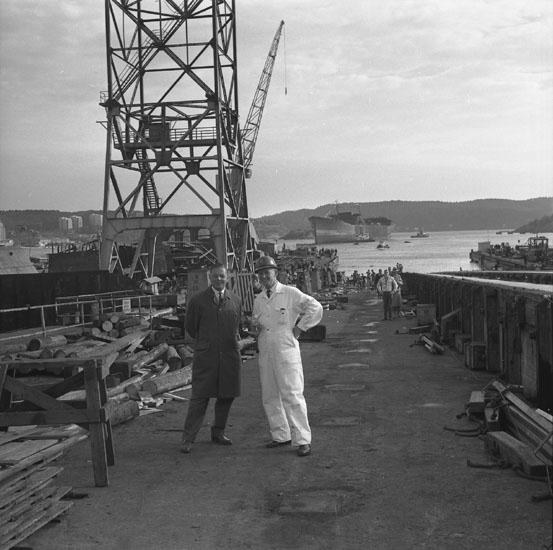 Dop och sjösättning av fartyg 188 T/T Thorshall.