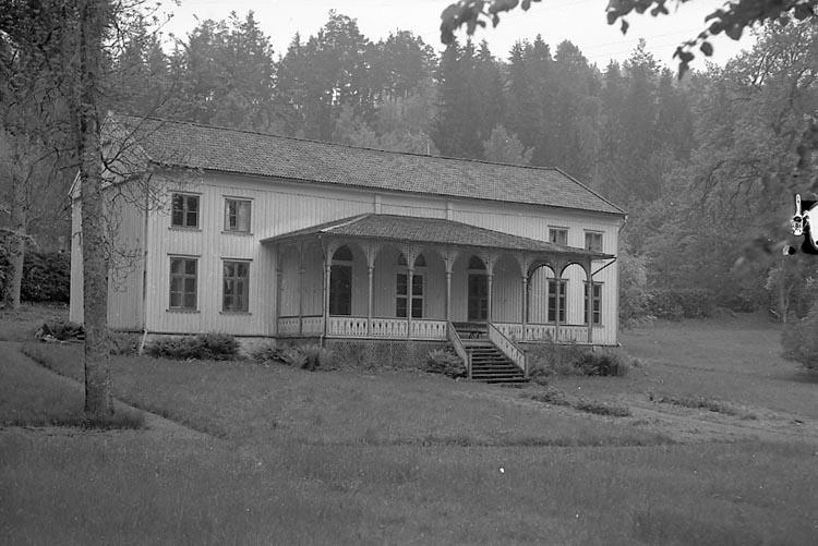 """Enligt notering: """"Societetshuset Gustavsberg Maj 1947""""."""