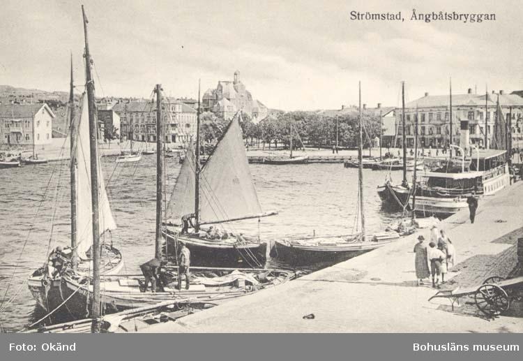 """Vykort. """"Ångbåtsbryggan. Strömstad."""""""