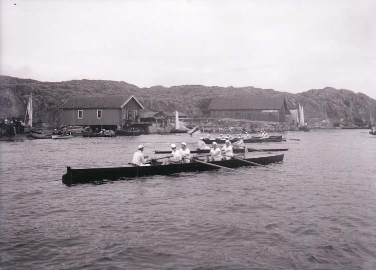 Vattenidrottsfest i Marstrand. Kapprodd. ::