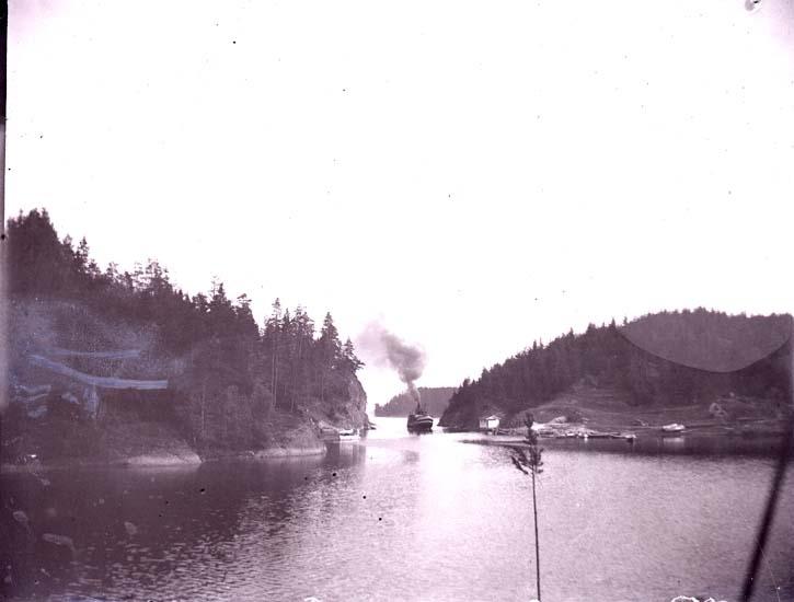"""Enligt text som medföljde bilden: """"Norge. Kristiania från Bygdö."""""""