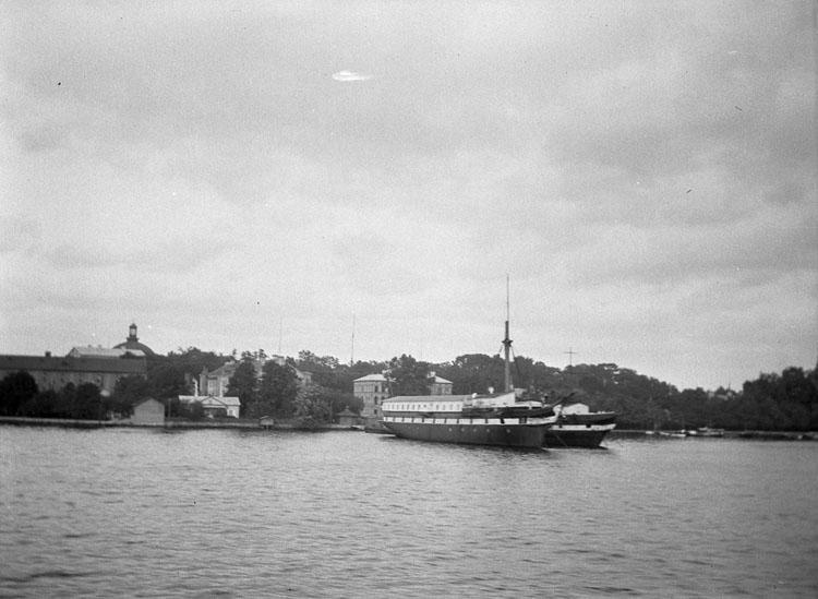"Enligt text som medföljde bilden: ""Stockholm."""
