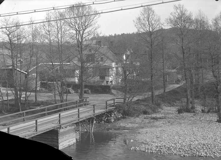 "Enligt fotografens noteringar: ""C.G. Johanssons bostad, Hedeholm."""