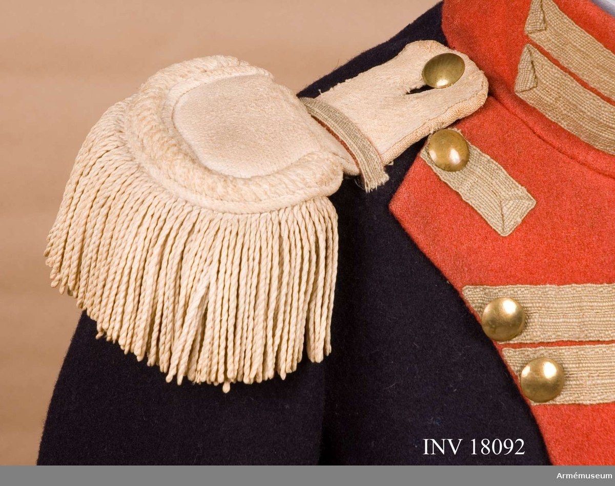 Grupp C I. Ur uniform för manskap vid Kungliga Andra livgardet, Göta livgarde, 1816-33.
