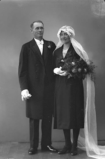 """Enligt fotografens journal nr 6 1930-1943: """"Dristig, John Kycklingdalen, Ödsmål""""."""