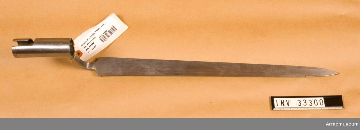 Grupp E II. Till flintlåsgevär, intill 1773.