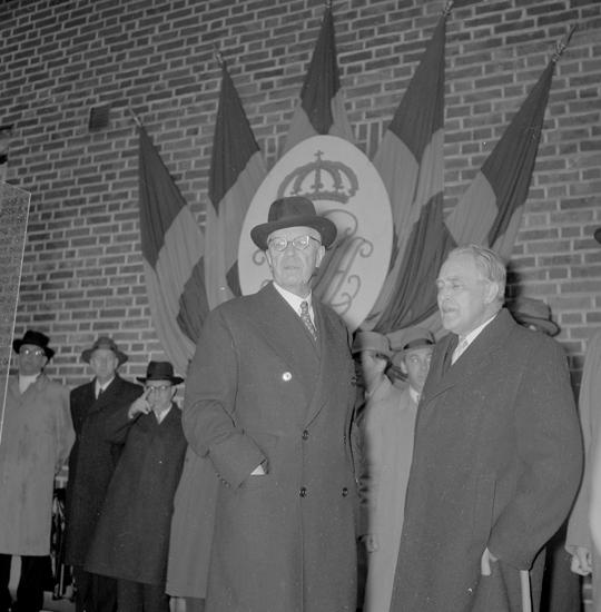"Text till bilden: ""Lysekil. Kungabesök. 1955.05.14"""