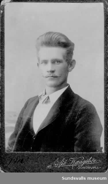 Författaren Karl Östman, ateljébild.