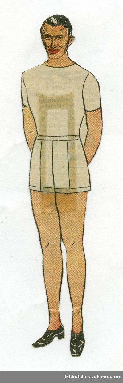"""Pappersdocka, urklippt ur Hemmets veckotidning på 1950-talet. Urklipp, fasttejpat på baksidan, anger att """"GREGORY PECK har stått modell till denna nya manliga klippdocka, som ni får kläder till i nästa n:r!"""" Gregory Peck (1916-2003) var en populär amerikansk skådespelare. Dockan förvaras i ett litet kuvert av smörpapper (MM 04624-2) med tryckt text: """"113 Hedvall"""", samt handskrivet: """"Hemmets Veckotidningen, Pappersdockor"""". I kuvertet förvaras även andra pappersdockor och kläder (MM 04624-04635)."""
