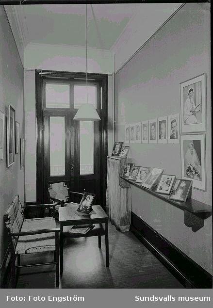 Foto Engströms väntrum.