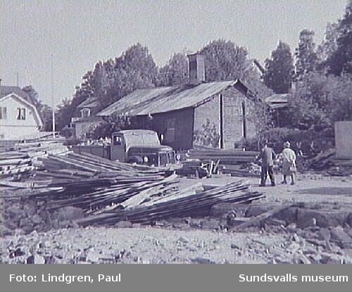 Rivningskvarter på Södermalm med bland annat Schrödters vagnmakeri (från 1894) på Fredsgatan 15.