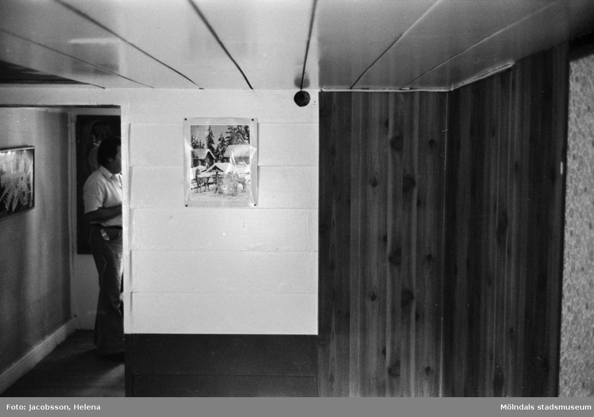 Interiörbild i bostadshus på Roten M 18 i Mölndals Kvarnby, 1972.