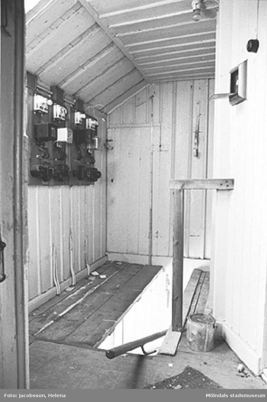 Interiörbild i bostadshus på Roten M 27 i Mölndals Kvarnby, 1972.