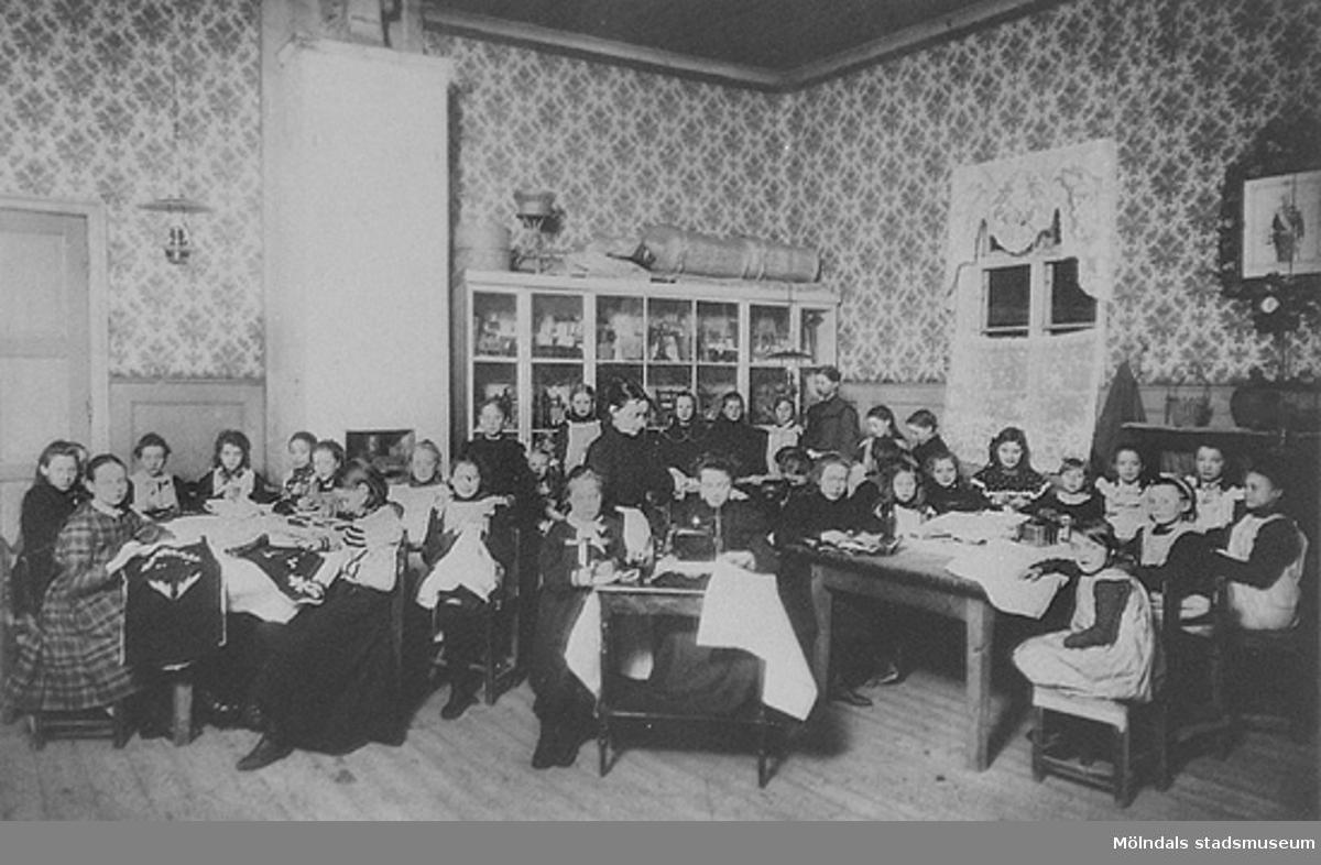 Troligtvis på Holtermanska, 1900-tal.