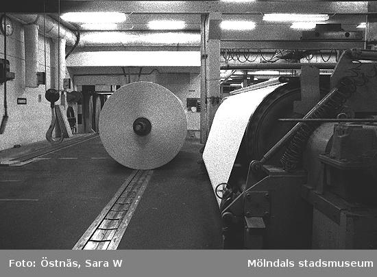 Bilden visar en skymt av KM3. Bilden ingår i serie från produktion och interiör på pappersindustrin Papyrus.