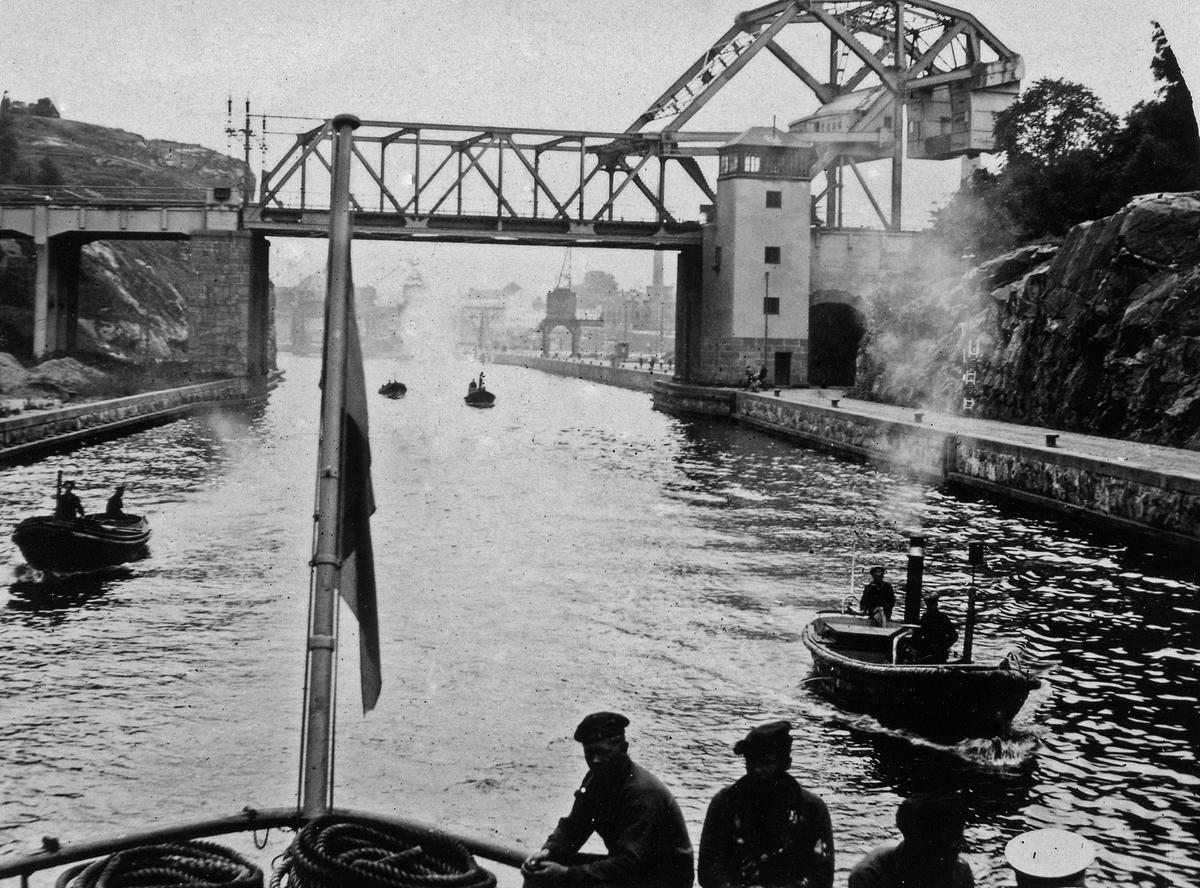 Hammarbykanalen och Danvikstullsbron