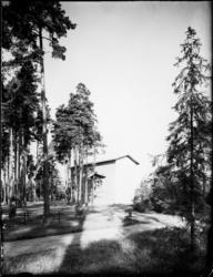 Skogskyrkogården Uppståndelsekapellet, exteriör
