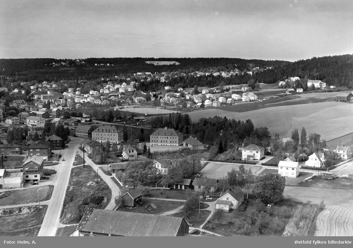 Oversiktsbilde fra Heggen, Mysen  i Eidsberg, flyfoto fra 27. mai 1957.