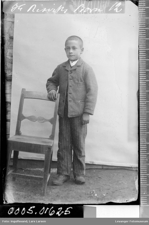 Portrett av en gutt.