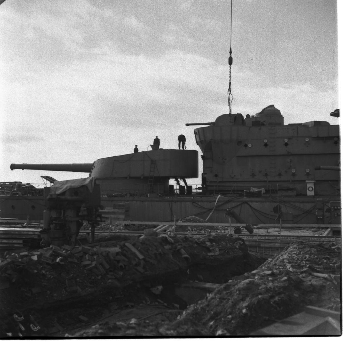 Fartyg: SVERIGE                         Rederi: Kungliga Flottan, Marinen Övrigt: Pansarskeppet Sverige, skrotning