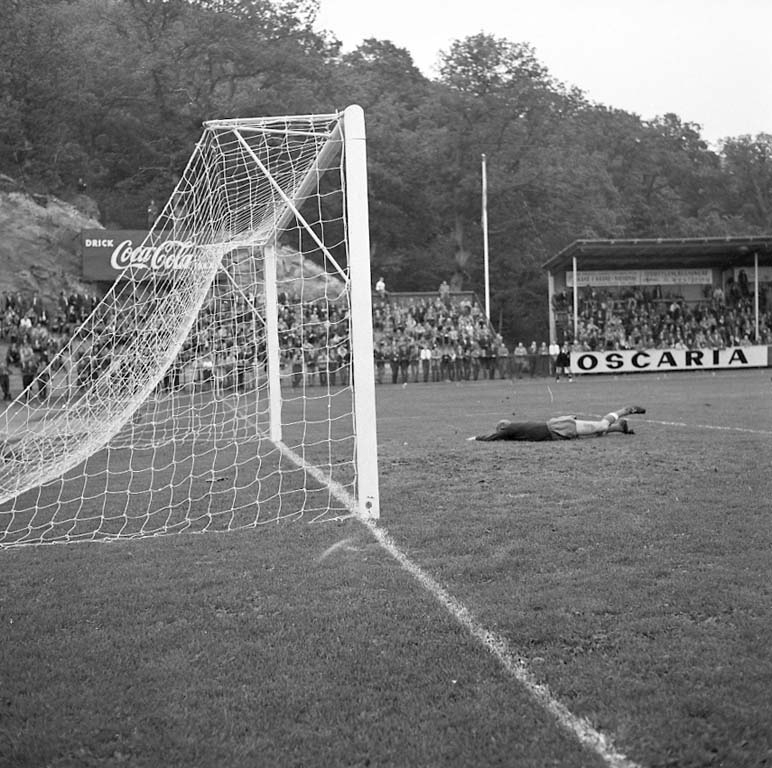 """Enligt notering: """"Oddevold Elfsborg Aug -60""""."""