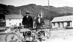 PortrettU, motorsykkel, mann, kvinne, Sunnhov Handelslag, Hå