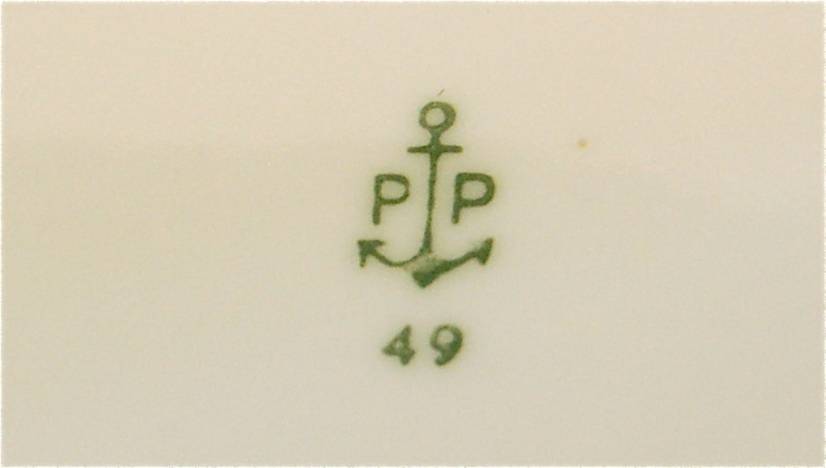 Anker med bokstaven P på kvar side