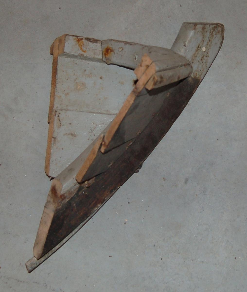 Avsaget øverste del av baugen på en færing.