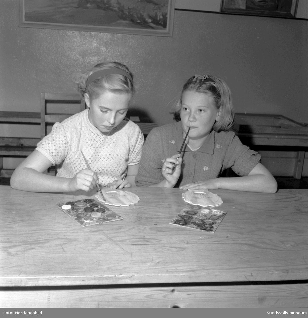 Hobbystunder i Fiskviks skola i Bergsjö.