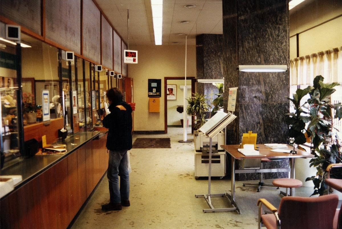Postkontoret 147 00 Tumba Köpmanplan 9