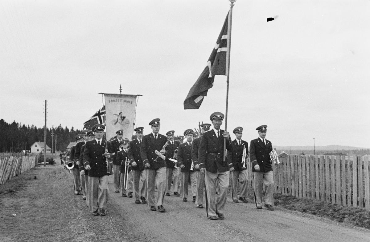 1. mai 1955. Jømna, Elverum.