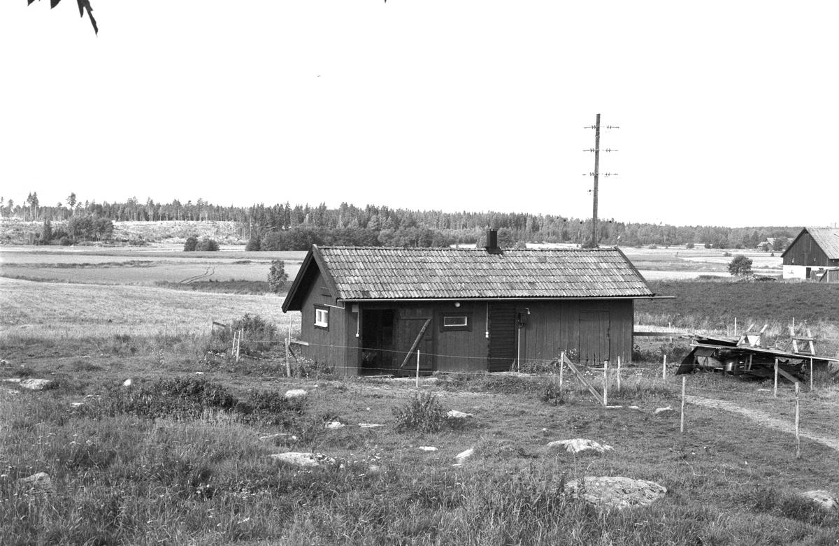 Uthus, Ingvasta 4:2, Rasbokils socken, Uppland 1982