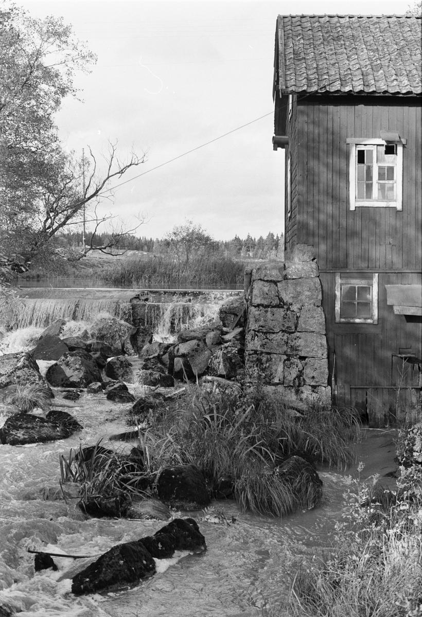 Kvarnhus, Holmbro kvarn, Onsike 2:3, Skogs-Tibble socken, Uppland 1985
